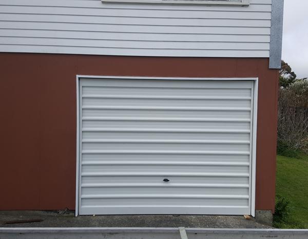The brands of Tilt doors used are & Tilt garage doors Wellington Lower Hutt Upper Hutt